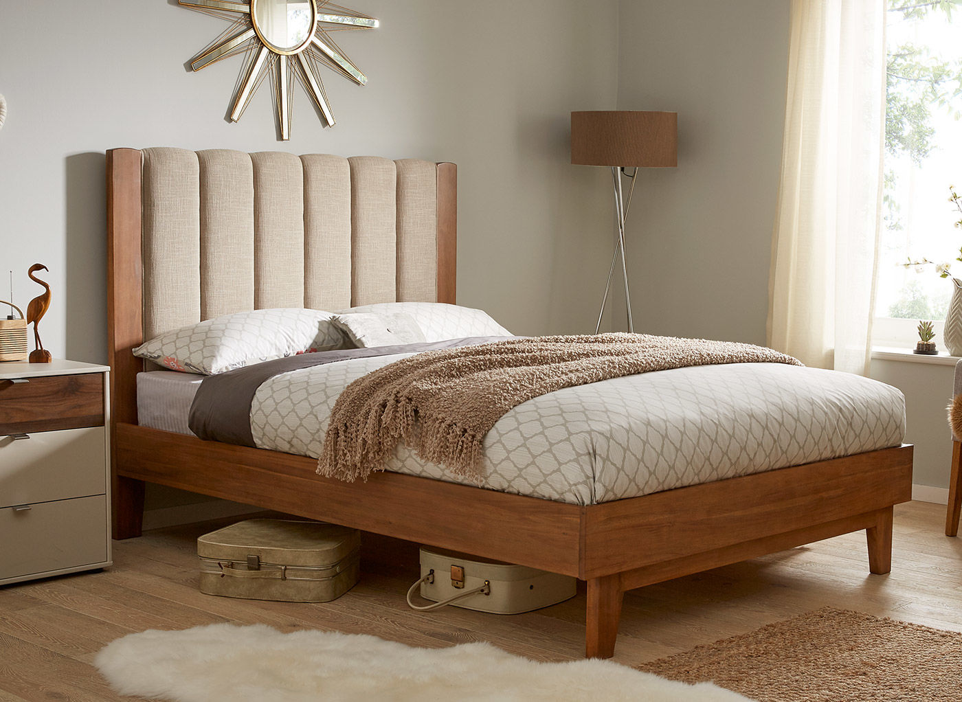 Картинки по запросу Почему стоит выбрать деревянную кровать?
